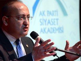 Akdoğan: Paralel yapı batıyor