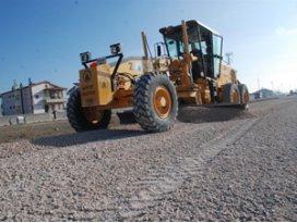 Karatay Belediyesinden kumlama ve yol yapım çalışmaları