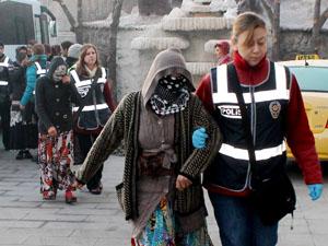 Konyada 700 polisli baskında 51 tutuklama