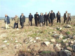 Konya da 2000 badem fidanı toprakla buluşturuldu