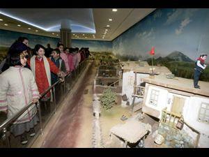 İstiklal Harbi Şehitleri Abidesi yoğun ilgi görüyor