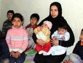 Suriyeli üçüzler first ladylerle adaş oldu