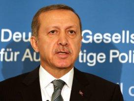 Erdoğan Alman muhabire ağzının payını verdi