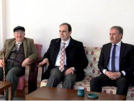 Başkan Altay, emekli konaklarını ziyaret etti