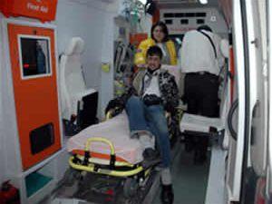 İşçileri taşıyan kamyonet kaza yaptı: 10 yaralı