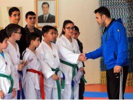 TSYD Konya Şubesi tekvando takımı hazırlıklarını sürdürüyor.