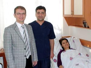 Karnından 1,5 kilo tümör çıktı