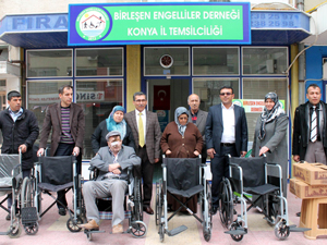 Engelli 5 vatandaş tekerlekli sandalyesine kavuştu