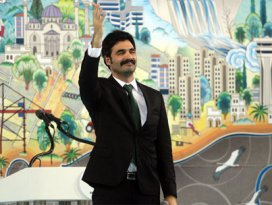 Uğur Işılak AK Partiden kaç para aldı?