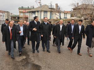 AK Partili Akış Üzümlüde