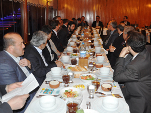Ak Parti Karatay Belediye Meclis üyeleriyle buluştu