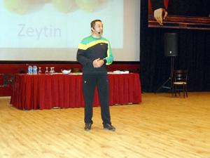 Dr. Kunaka Akşehirde yoğun ilgi