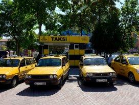 Konya'da şehrin dokusuna uygun taksi durakları