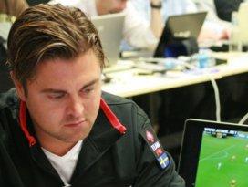 İsveçin ünlü poker yıldızı Müslüman oldu
