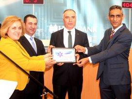 Halkbank Kalitesine Mavi Yıldız