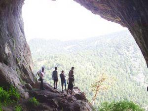 Konyada keşfedilmeyi bekleyen mağaralar