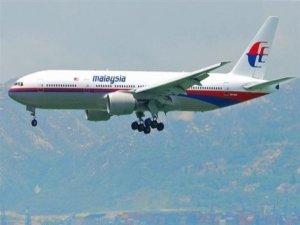 Uçak havada infilak etmiş olabilir