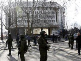 Kırım Parlamentosu bağımsızlığını ilan etti