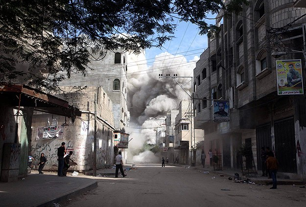 İsrail Gazzeye yine saldırdı