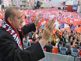 AK Parti gençliği sokaklarda değil