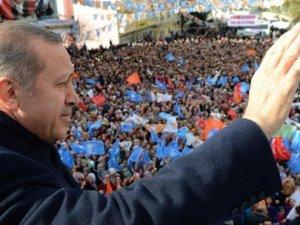 Mitingde Erdoğanı duygulandıran an