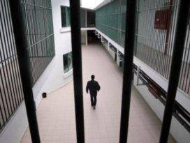 Üvey oğlunu öldüren sanığa 12.5 yıl hapis