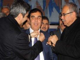 2 bin kişi istifa edip AK Partiye geçti