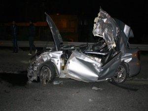 Takla atan araç hurdaya döndü: 1 ölü