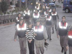 Akşehirdeki cinayetlerde 2 tutuklama