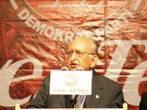 DP lideri Hüsamettin Cindoruk Konya ya geldi