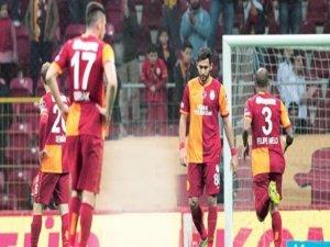 Galatasaray yıkılıyor!