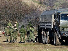 Ukrayna askerleri Kırımdan çıkacak