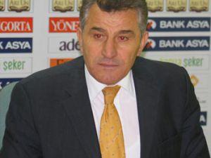 Konyaspor penaltıda kalmış!