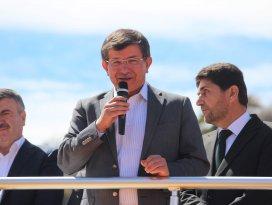 Davutoğlu'nun Derbent ve Hükümet mitingi