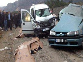 Kahramanmaraşta feci kaza: 4 ölü, 6 yaralı