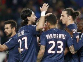 Paris Saint Germain arayı açıyor