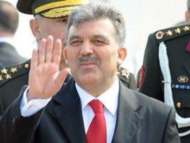 Cumhurbaşkanı Gül Kuveyte gitti