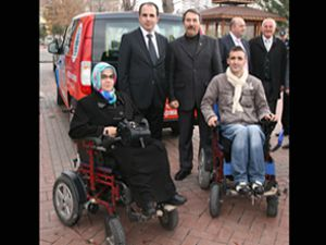 Selçuklu Belediyesi, engelliler için araç tahsis etti