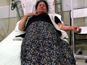 Akrebin soktuğu kadın hastanelik oldu