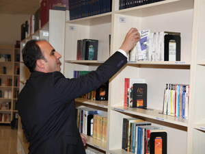 Türkiyede ilk Kurumsal Kütüphane hizmeti