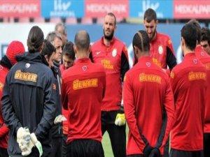 Galatasaray başka dünyada
