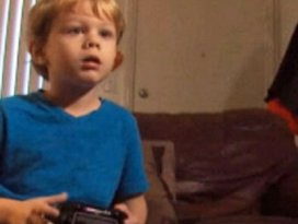 5 yaşındaki çocuk dünya devini dize getirdi