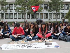 Öğrencilerden kitap okumalı eylem