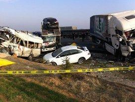 Konyada trafik kazası: 9 ÖLÜ