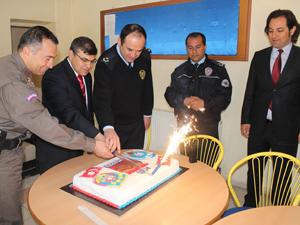 Jandarmadan polise yaş pasta