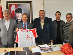 Belediye Kültürspordan Başkan Akkayaya ziyaret