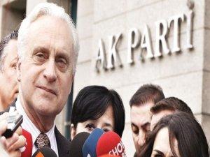 Büyükelçiden hükümete 30 Mart tebriği