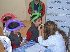 Medicana, çocukları diş sağlığı hakkında bilgilendirdi