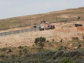 Suriye sınırına beton blok