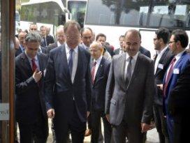 Aşağı Saksonya Eyaleti Başbakanı Weil Konyada